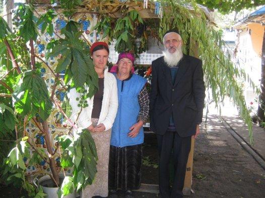 reuven yaari family