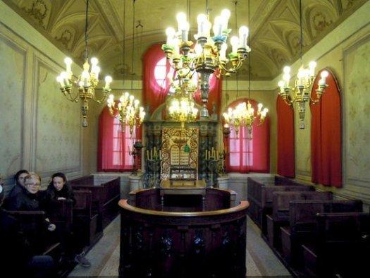 la-sinagoga-ebraica-di(5)