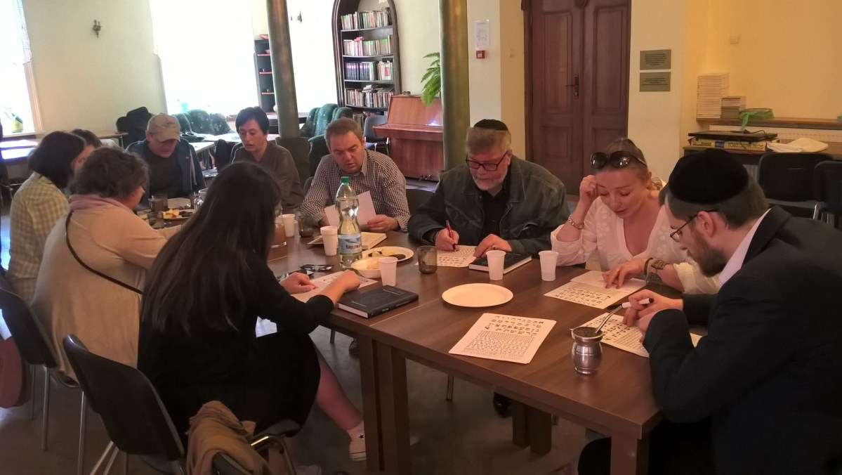 31 Maja, aktualności z Łodzi: ogniska, rabini i siostra Stevena Spielberga