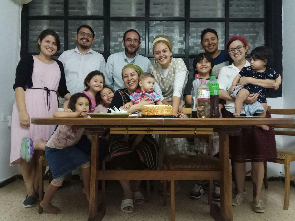 Emigrańci z Kolumbii świętują dwulecie zrobienia Aliji