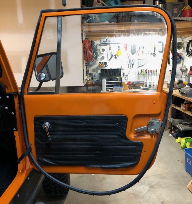 CJ-7 Steel Door Rubbers