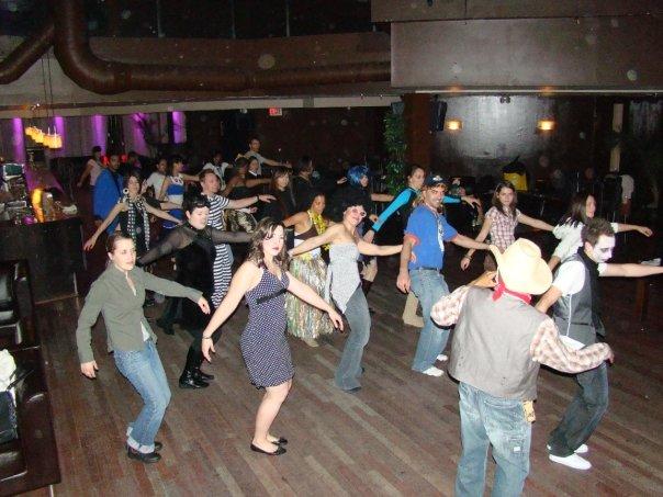 The whole club dancin'