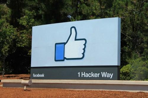 facebook-959060_1280