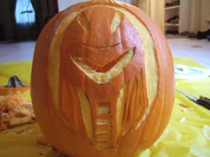 carved_cylon_pumpkin