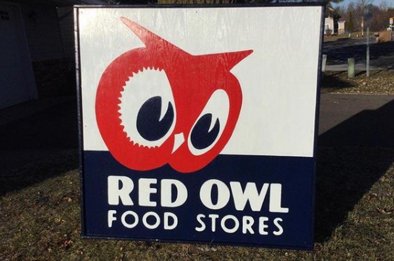 Red Owl Logo Sign