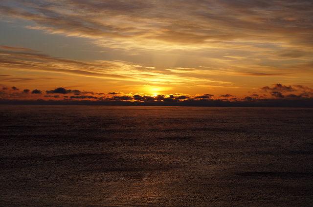 My Mini Minnesota Trip - Rising sun over Lake Superior