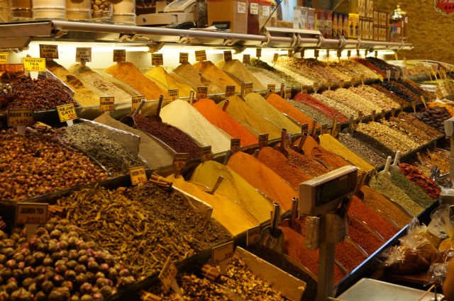 My Tips for Istanbul Turkey - Spice Market
