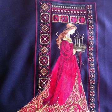 Lavendar and Lace Celtic Noel Lady