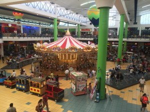 we feel kind of shocked by the amount of people, noise and goods in the Albrook shopping mall...
