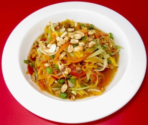 Thailändischer Papaya Mango Salat Som Tam