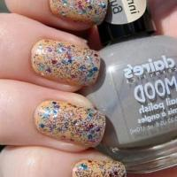 Dizzy Hot Summer Nail Art Ideas