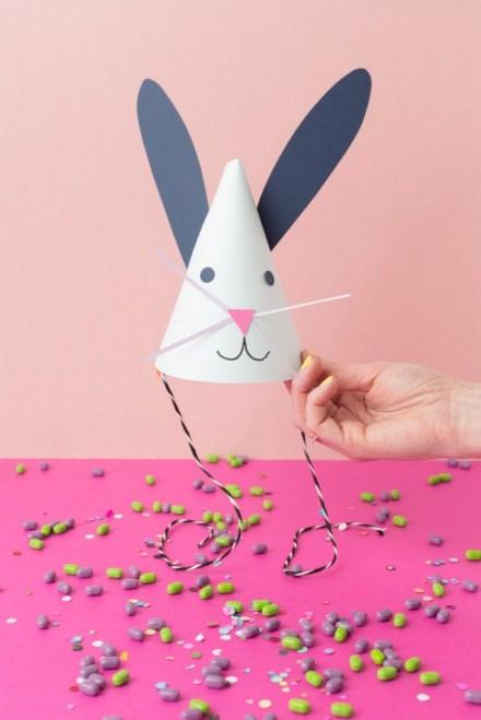 Làm mũ thỏ cho tiệc sinh nhật của bé