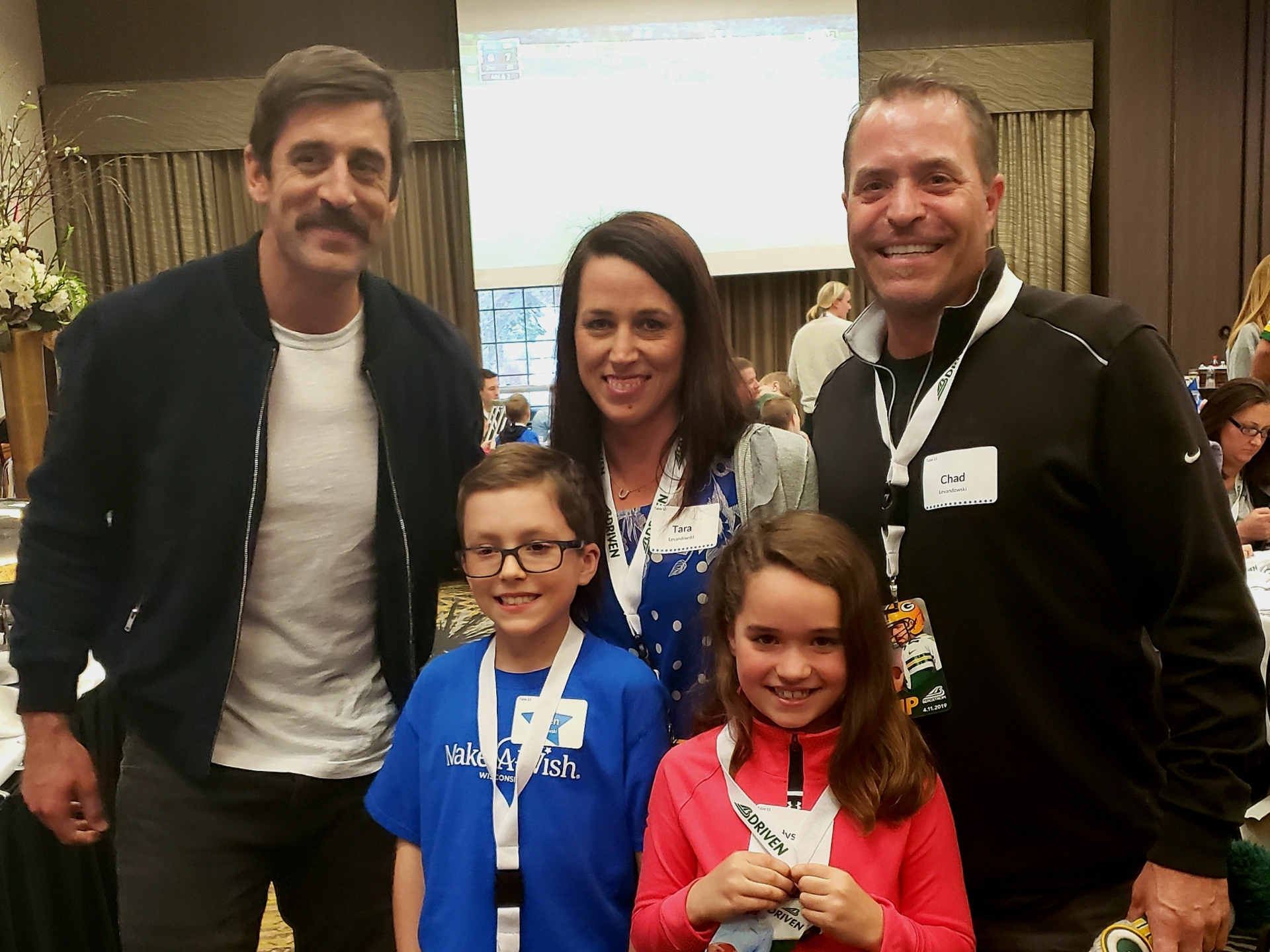 Sheboygan Family Gets To Meet Aaron Rodgers The Beacon