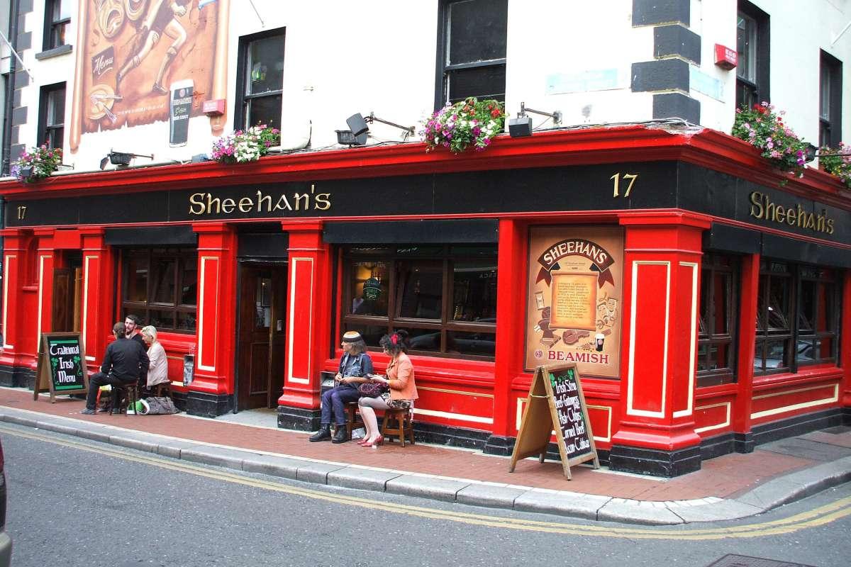 Sheehan's Barの外観