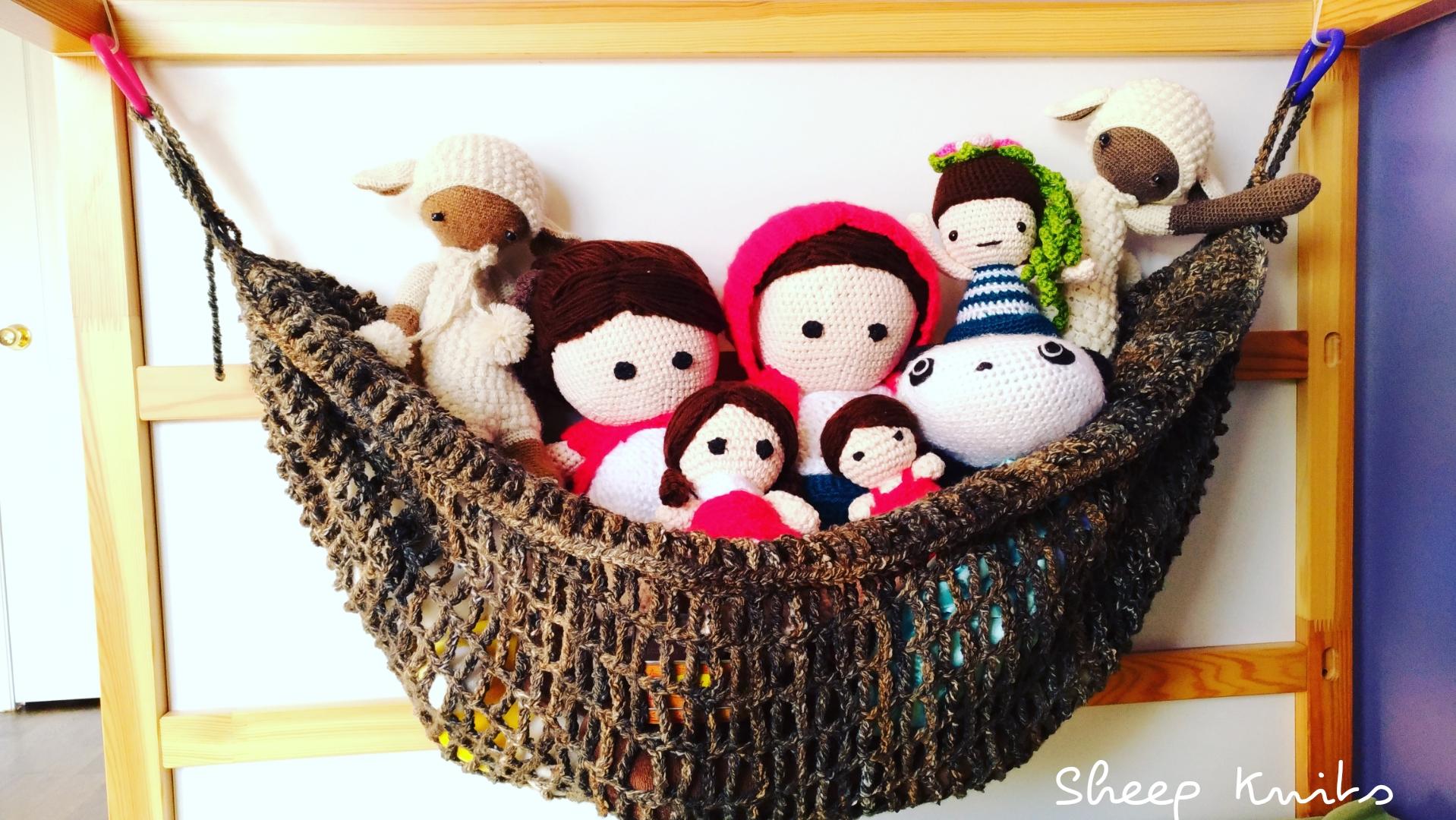 Toy Hammock Sheep Knits