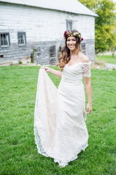 a-rustic-boho-wedding-in-new-york_0008