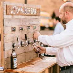 Amazing Pallet Beer Bar For Weddings