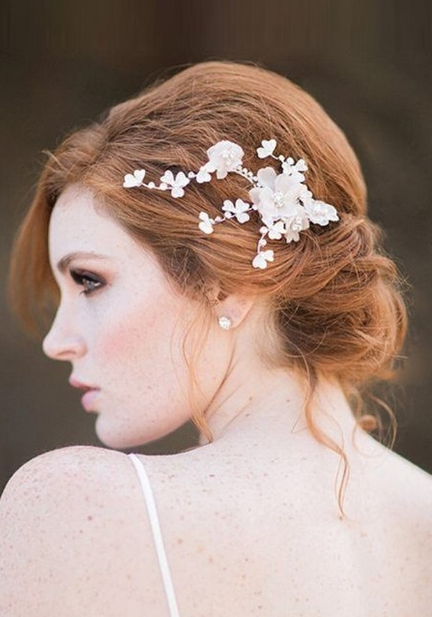 Beautiful fuss-free bridal hairdo with floral headpiece