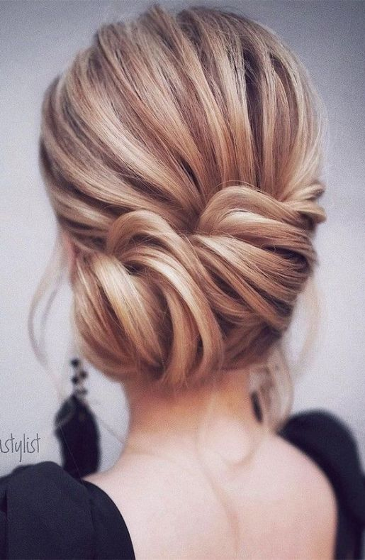 Breathtaking + Straight Wedding Hairstyles - Beautiful Bridal Inspiration by Sheer Ever After