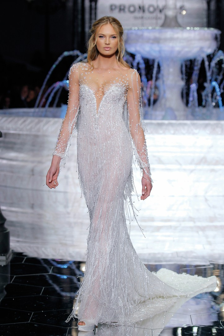 PRONOVIAS-FASHION-SHOW_Riva