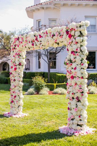 http://gayweddings.com/real-weddings/positively-pink-california-mansion-wedding-edgar-macio/
