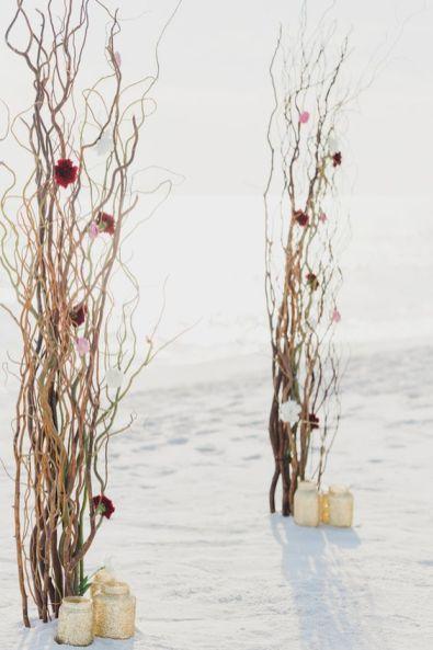 http://cakeandlaceblog.com/small-elegant-wedding-opal-beach/