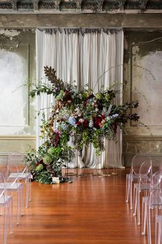 https://nouba.com.au/directory/pomp-splendour-melbourne-wedding-florist