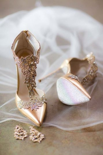 Untraditional wedding shoes | SheerEverAfter.com | Your online maid of honor