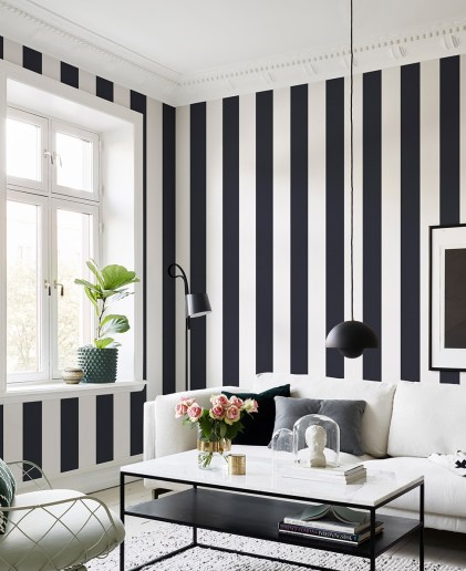 Vertical Stripes Need Molding
