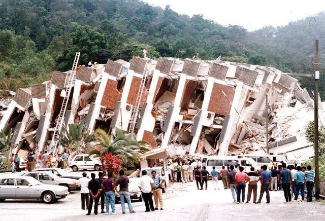 bayi-ajaib-tragedi-highland-towers-tiba-di-malaysia (3)