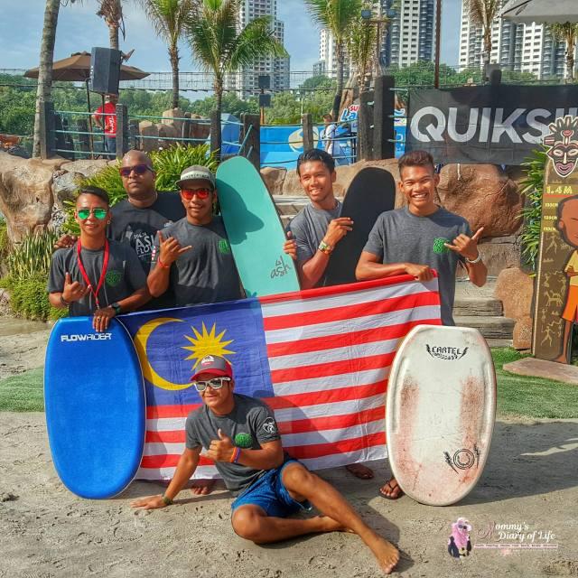 sunway-lagoons-flow-rider-surf-simulator-pertama-di-malaysia-18
