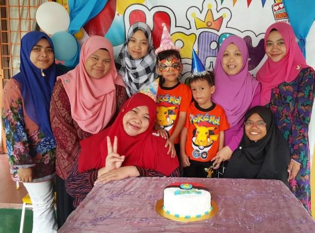 tema-kek-pokeball-untuk-birthday-ke-4-ariq-emir-7