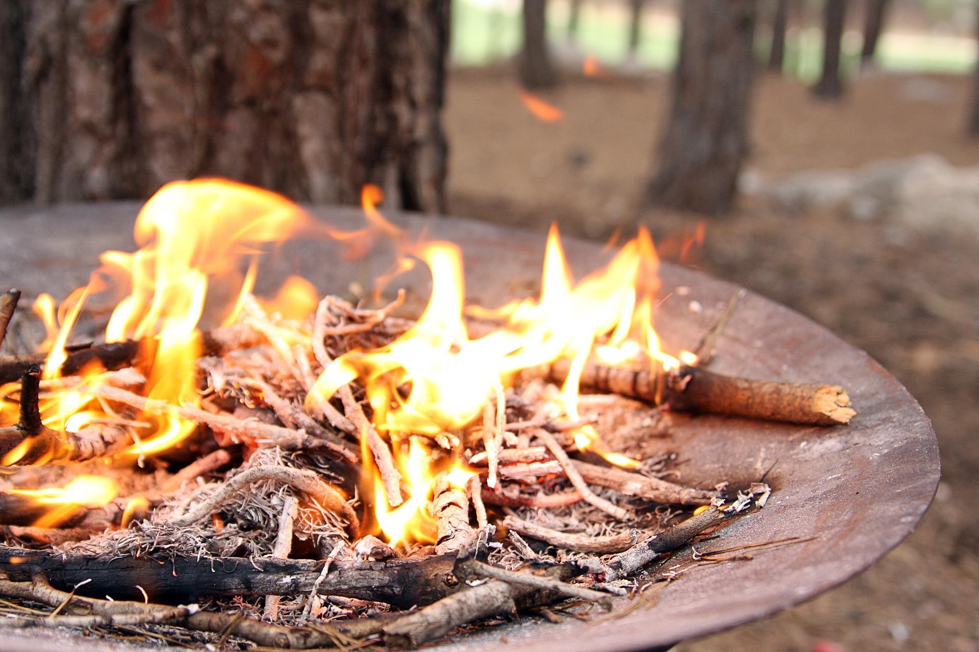 fireplace-638822_1920