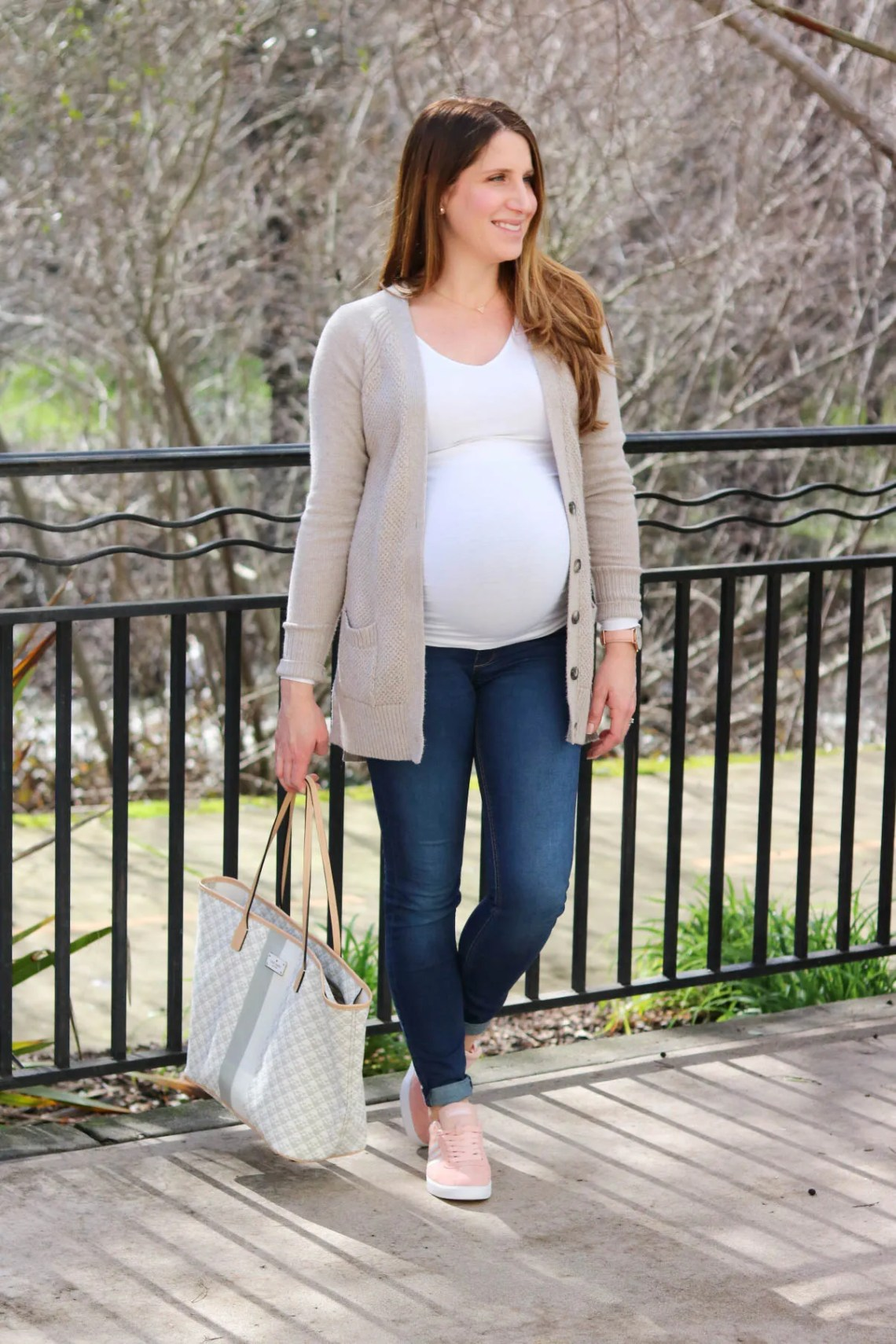 24629b53505 Casual Maternity Style – She Knows Chic