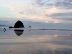 Cannon Beach Daybreak 2186 Copyright Shelagh Donnelly