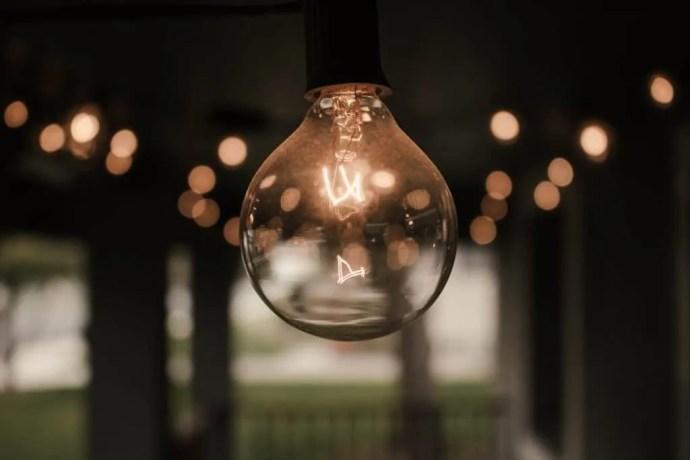 Edison bulb light bulb