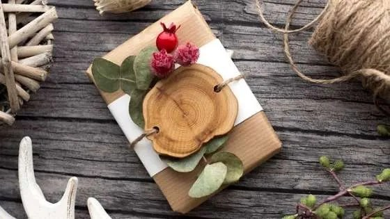 Natural wrapped gift
