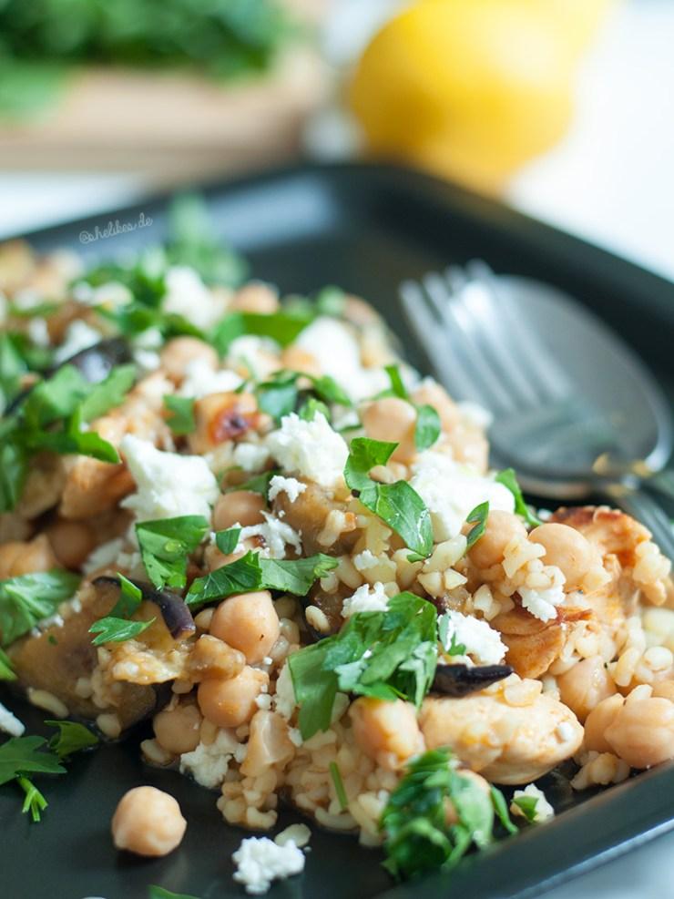 orientalisch_bulgur_haehnchen_salat_shelikes_food_01
