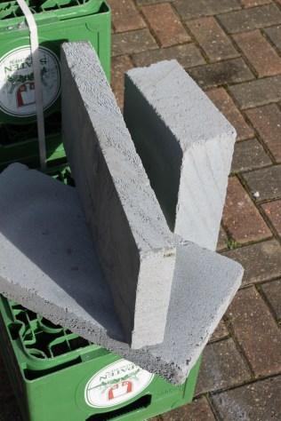 Thin breeze blocks