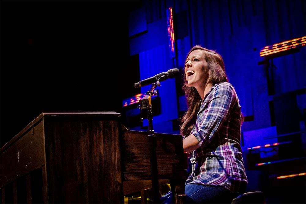 Shelly E. Johnson - Woodstock City Church 2016