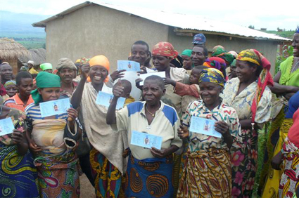 Bubanza Women receive their ID cards