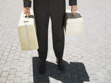 {Travel Cents} Hotel Staff: $1 per bag for bringing luggage to your room (but a $2 minimum if you have just one bag).