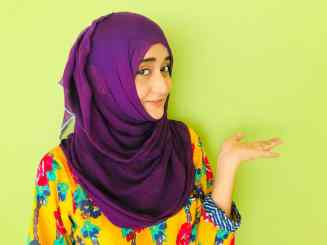 Ms. Arfa Nazeer, Blogger