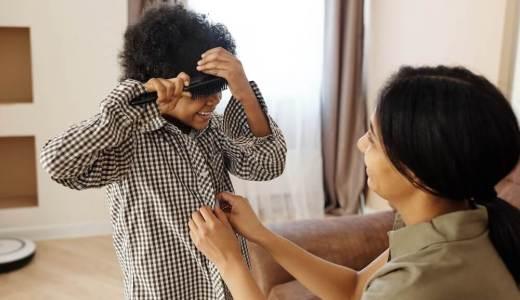 子どもが着替えをできるようになる最初のステップ!ボタンを留められるようになるには?