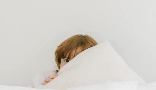 【保育士実践】抱っこせずに子供を寝かしつける方法3選!布団に入ったあとにできること