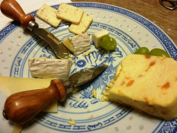 Cour de Lion Cheese, Blue Cheese, Apricot and Jalapeno, Green Grapes