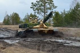 Abrams in mud