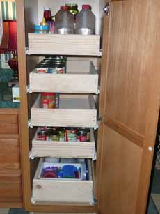 07-8-09_Kitchen_Pantry1.jpg