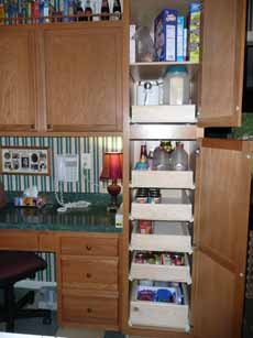 07-8-09_Kitchen_Pantry3.jpg