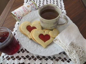 Tuesday Tea-Bleeding Heart-Cookies